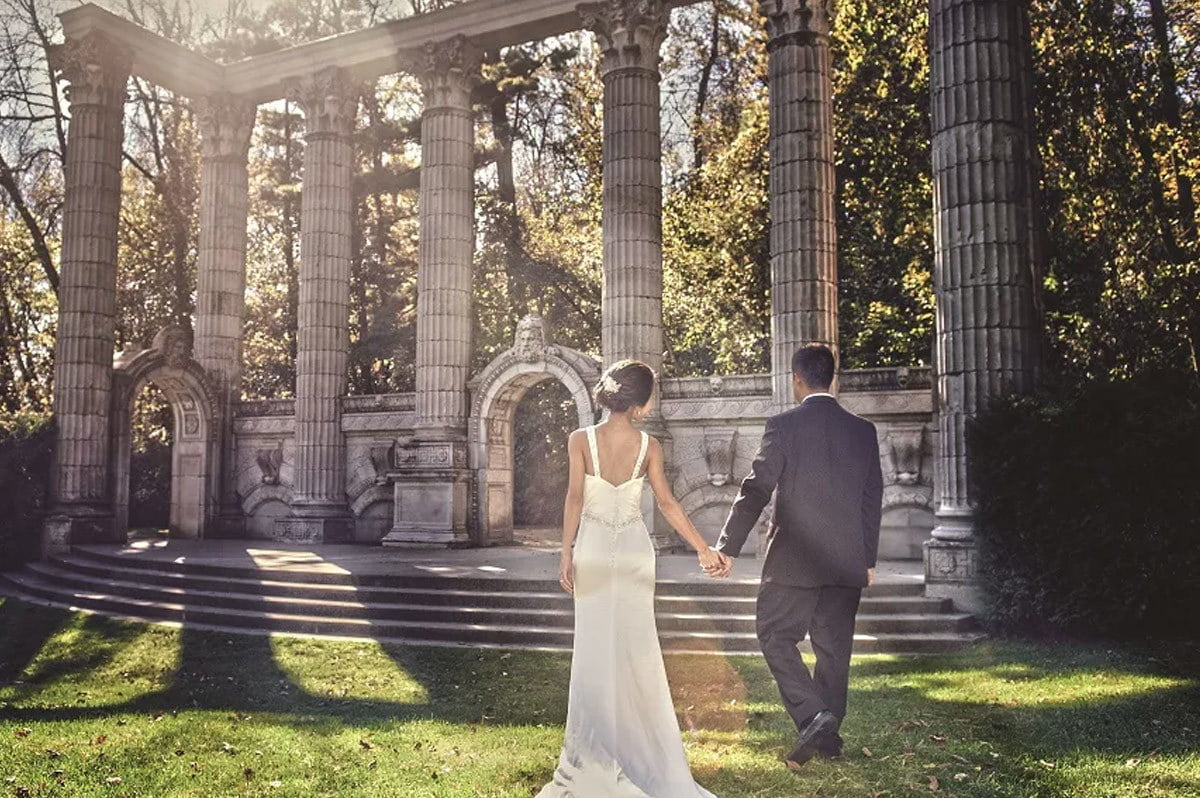5 Best Toronto Wedding Venues - The Guild Inn Estate