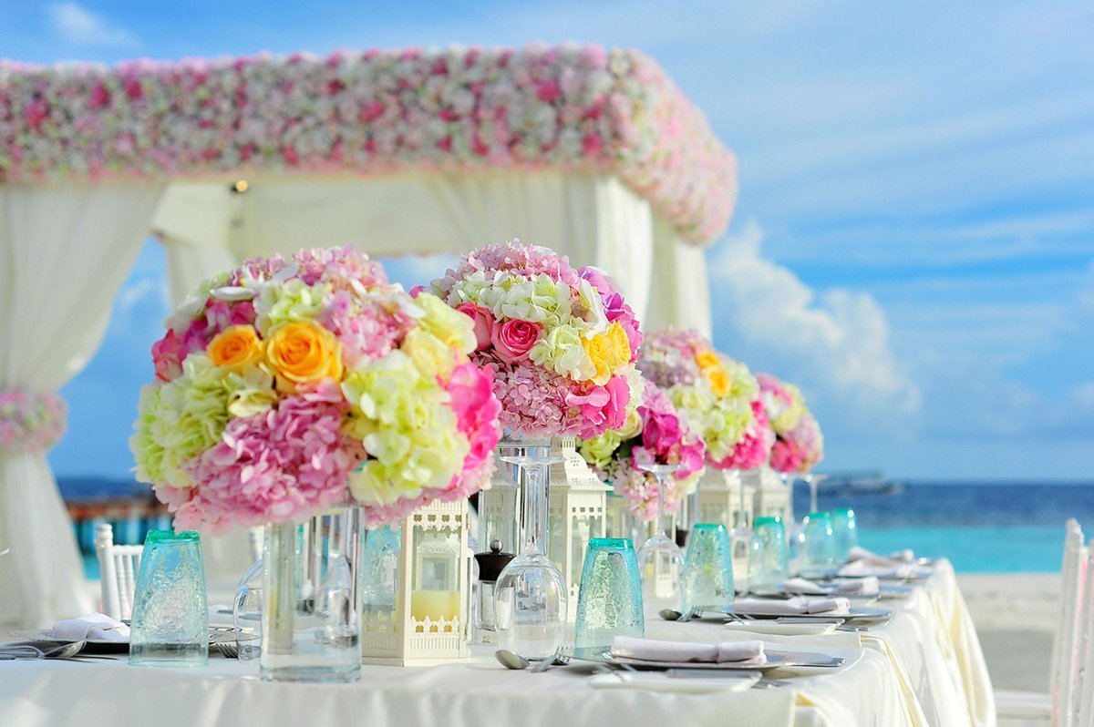 Fine Dining Setting with flowers