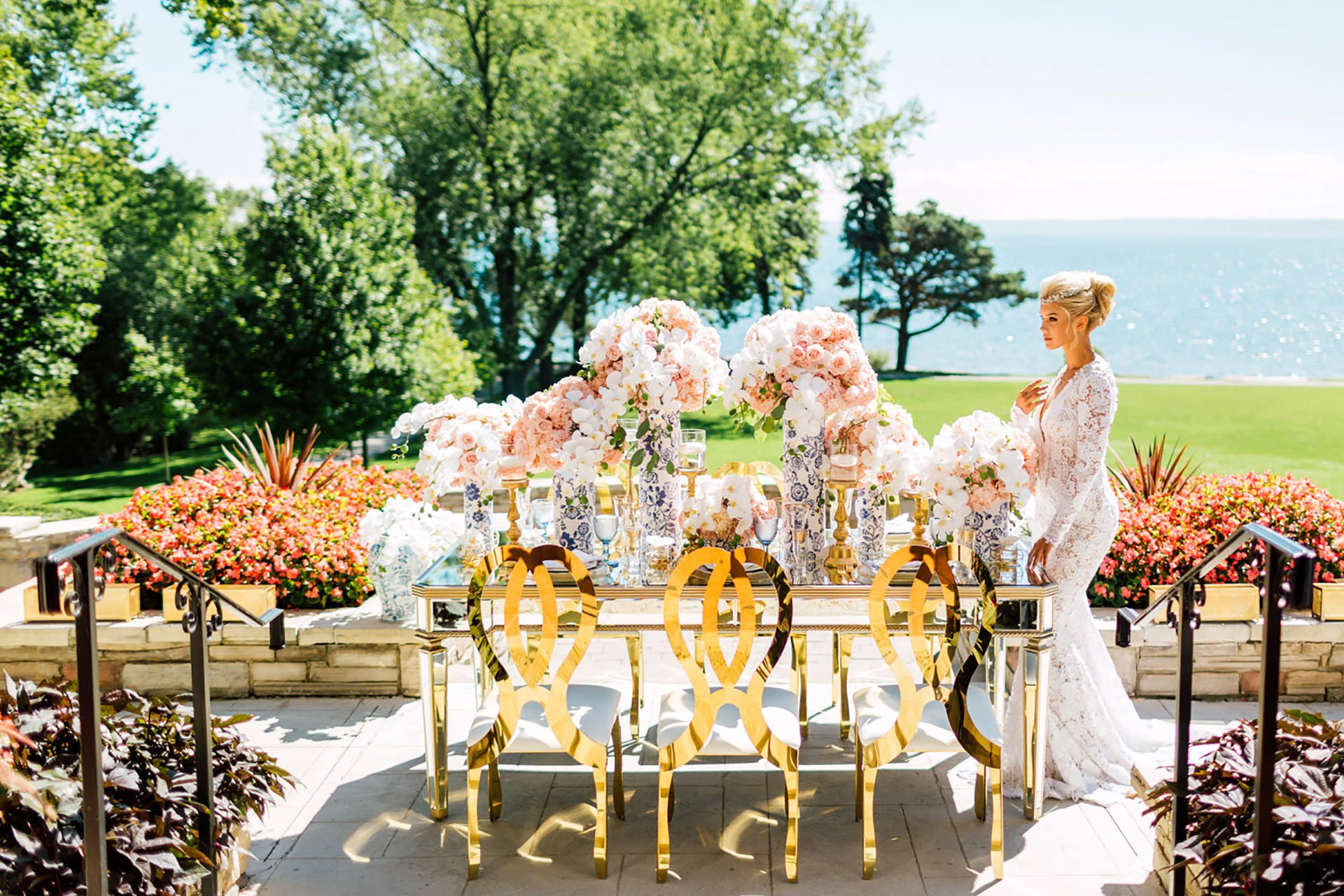 Toronto Wedding Venues by the Water: Paletta Lakefront Mansion