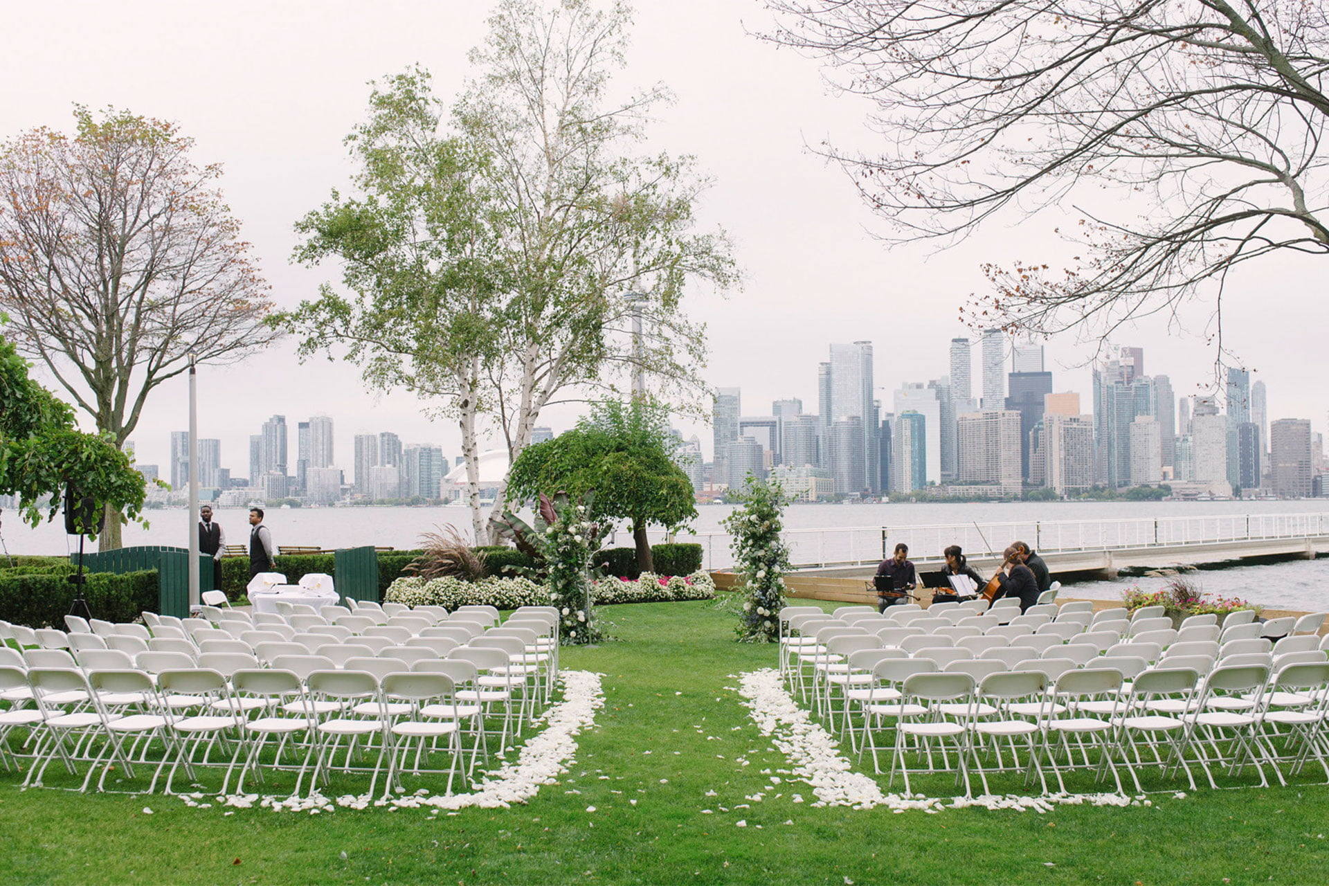 Toronto Wedding Venues by the Water: Royal Canadian Yacht Club